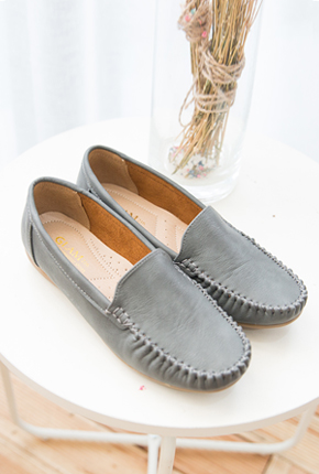 <b><font color=black>Modern color lightweight loafers</font></b> <br> -SH710003-