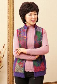 <b><font color=black>Colorful pattern knit vest</font></b> <br> -VE21212-
